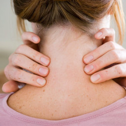 Neck Pain In Early Pregnancy: How To Cope Up With It?