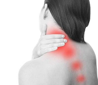 pain between shoulder blades and neck what can help